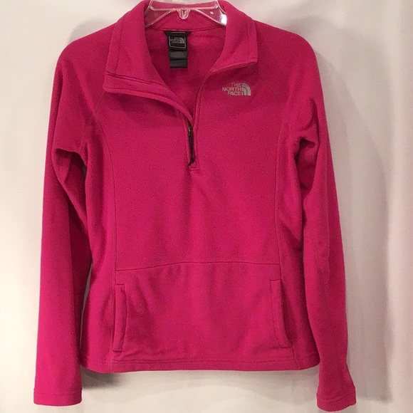 The North Face Tops - The North Face 1/4 zip fleece pullover